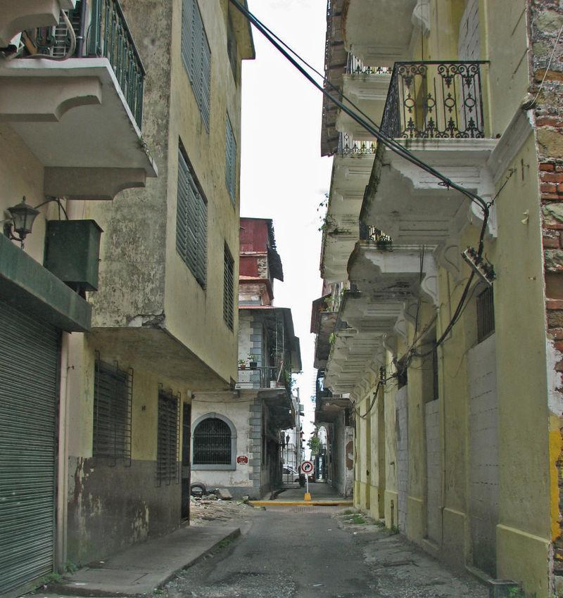 Casco viejo street