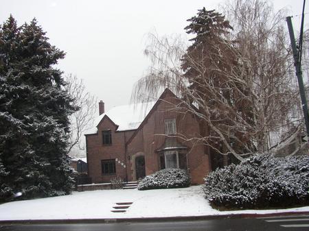 home_snowy_home_2.jpg