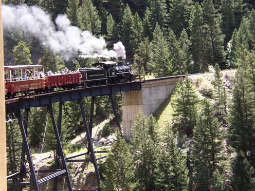 Georgetown_loop_train_on_trestle