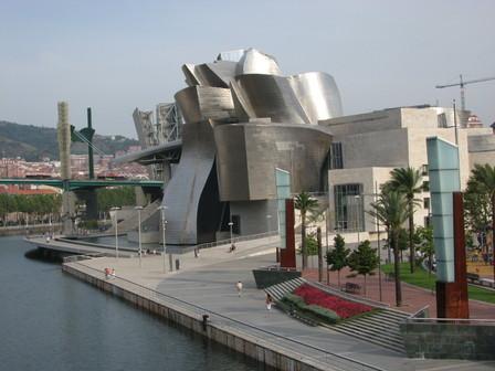 Guggenheim_at_distance_2