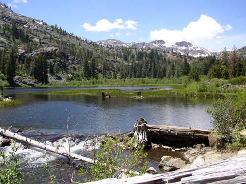 Lily_lake_above_lake_tahoe