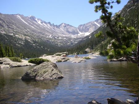 mills_lake_at_glacier_gorge