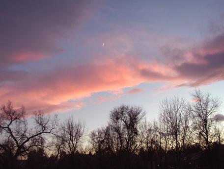 New_moon_at_sunset