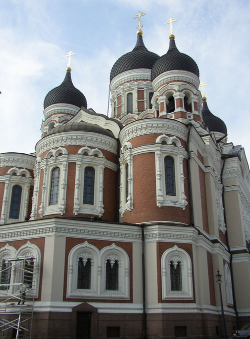 Russian_orthodox_church_in_upper_old_tal